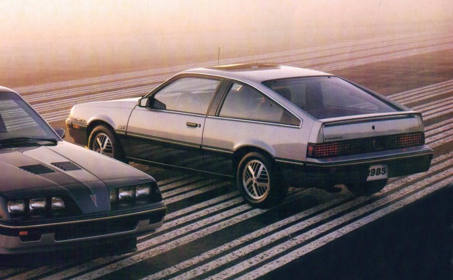 Pontiac Sunbird Se Turbo 85 880X544
