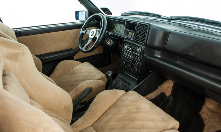 1995 Lancia Delta HF Integrale Evolution 2 interior
